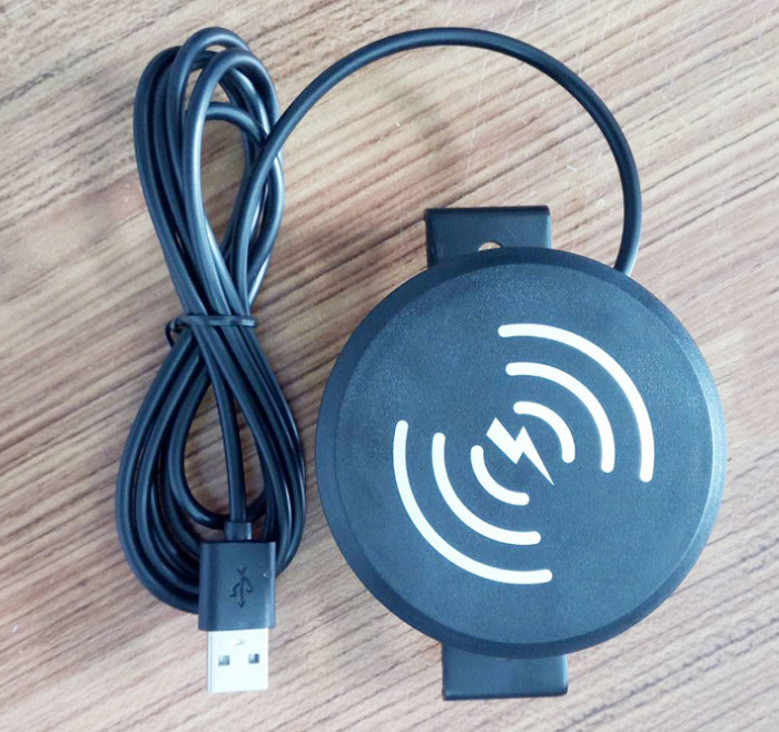 Cell Phone Wireless Fast Charger , USB Power Charging Furniture Power Socket American Standard